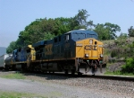 CSX #5253 leading a general freight southbound on the River Line, 5/29/06
